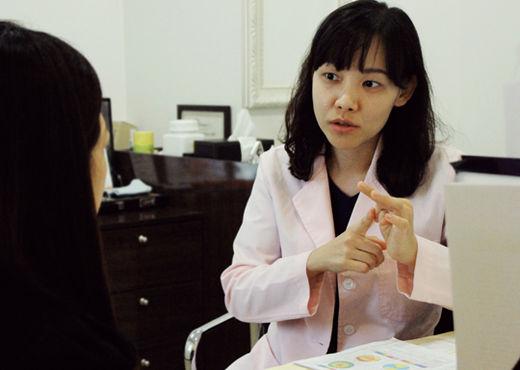 아쿠아 ICL 안내렌즈삽입술, 우수인증 확인 중요