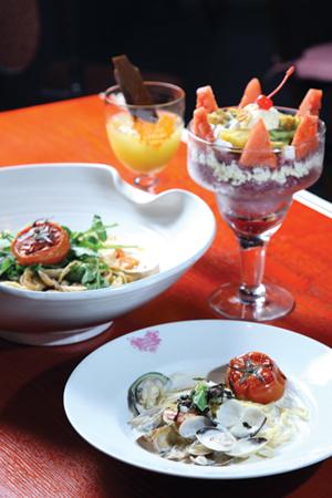 가격에 비해 퀄리티 높은 맛을 자랑하는 메뉴들 중에는 특히 스파게티가 인기가 높다.
