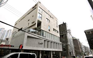 차인표·신애라 부부가 소유한 교육 빌딩 '키즈12'는 '청담동식' 교육의 대표적인 곳이다.