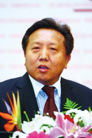 중국 런민대의 우샤오추(53) 금융증권연구소장은 중국 증시가 올해 말이나 내년 초에 바닥을 칠 것이라고 전망했다.
