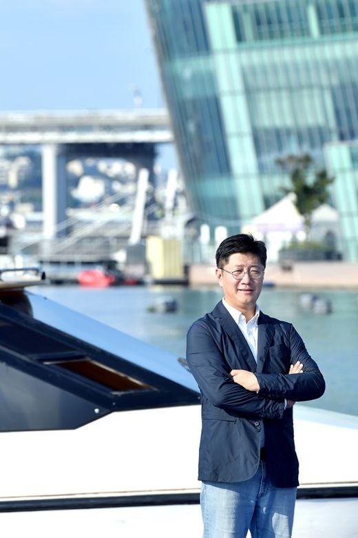 """40대 CEO 2인의 요트 구입기...""""한 배 탔다는 믿음, 세일 요트의 매력이죠"""""""