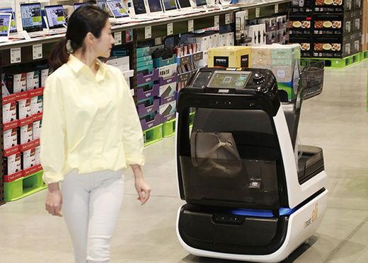 '분류에서 배송까지' 쇼핑 시즌마다 활약하는 물류 로봇