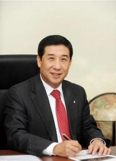 """신학철 LG화학 부회장 """"강한 회사를 더 강하게 만들 것"""""""