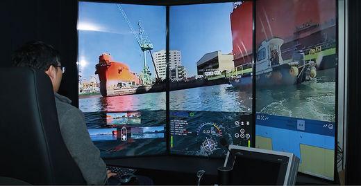 SK텔레콤은 2019년 12월 10일 삼성중공업과 함께 5G를 기반으로 모형 선박의 자율·원격 운항에 성공했다.(/SK텔레콤)