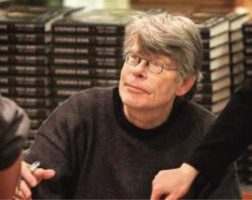"""스티븐 킹 작가, """"40년 전 전염병 소설, 코로나19로 예측 맞아 죄송"""""""