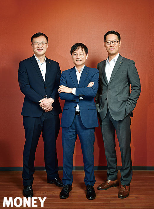 (왼쪽부터) 곽재혁, 임채우, 임상국 전문위원