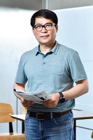 (사진) 김수영 호서대 기술경영전문대학원 스마트팩토리기술경영학과 교수. /서범세 기자