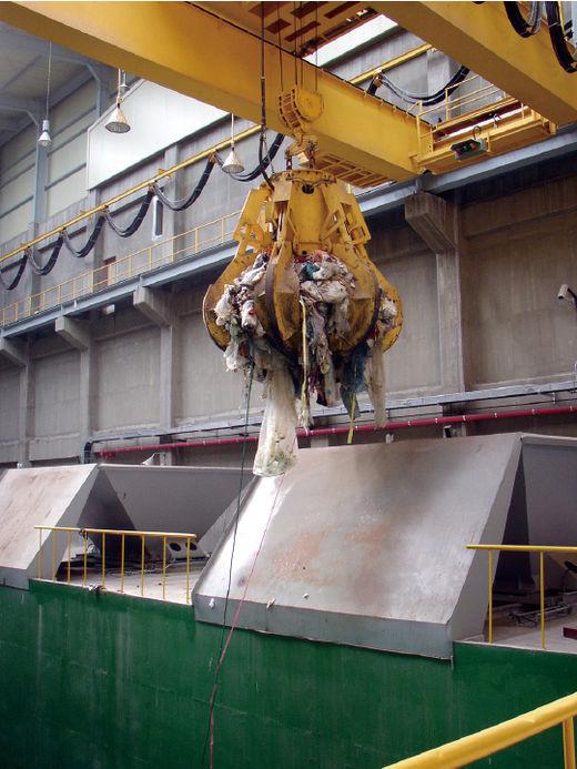'쓰레기의 재발견'… 황금 시장으로 떠오른 폐기물 산업