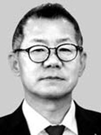 (사진) 류혁 새마을금고중앙회 신용공제 대표. /한국경제신문