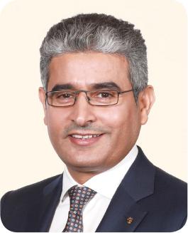 약력 : 1966년생, 사우디아라비아 킹파드석유광물대학교 화학공학과 학사, 2015년 사우디 아람코 국내 Joint Venture 관리 디렉터, 2016년 사우디 쉘 정유회사 (SASREF) 대표이사, 2019년 S-OIL주식회사 대표이사 CEO(현)
