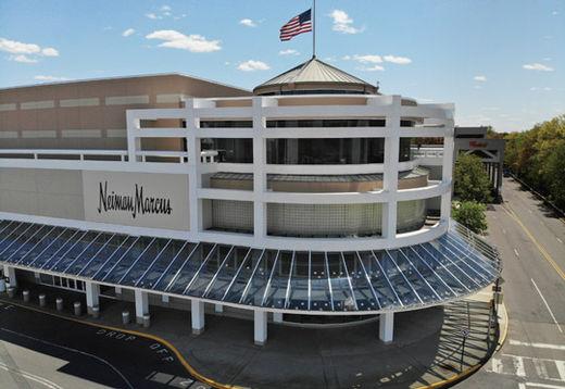 113년의 역사를 자랑하던 미국의 명품 백화점 니만마커스가 코로나19 사태를 극복하지 못하고 결국 파산 보호 신청을 했다./ 연합뉴스