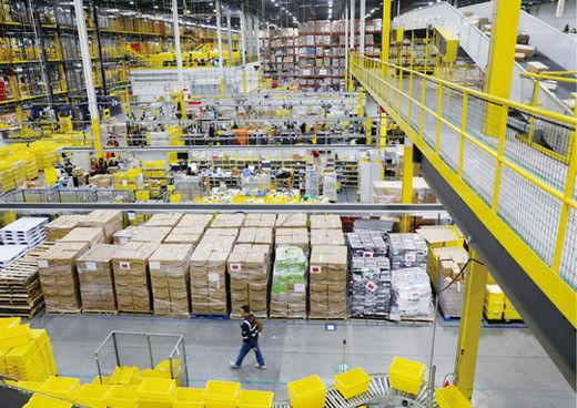 코로나19 사태 이후 미국의 이커머스 산업이 급격히 성장하고 있다. 사진은 미국 아마존의 물류 창고 모습./ 연합뉴스