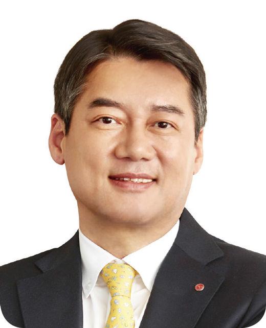 [100대 CEO] 윤춘성 LG상사 대표, 차별화된 고객 가치 발굴로 성장과 변화