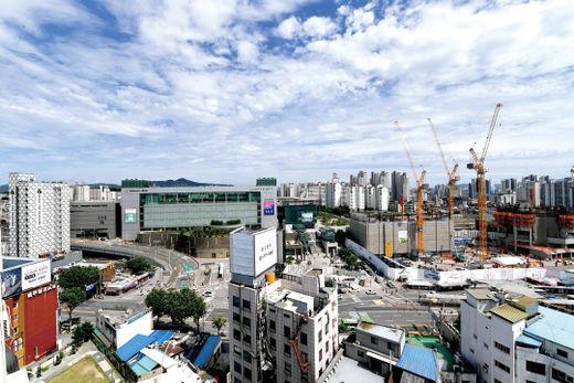 대규모 개발사업이 펼쳐지고 있는 청량리역 일대 전경./ 김기남 기자