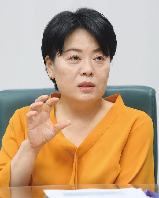 """윤희숙 """"우리 교육, 하향도 평준화도 아닌 자유낙하 중"""""""