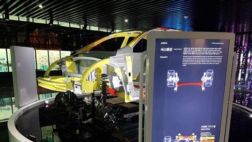 포스코의 프리미엄 철강 제품 '기가스틸'을 적용한 전기차 프레임. /포스코 제공