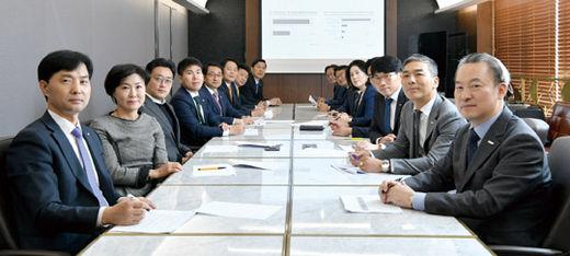 메트라이프생명 노블리치센터는 세무사·감정평가사·국제공인재무분석사(CFA)·국제공인재무설계사(CFP) 등 분야별 전문가가 고객의 요구에 맞춘 자산 관리 상담을 제공한다. (/김기남 기자)