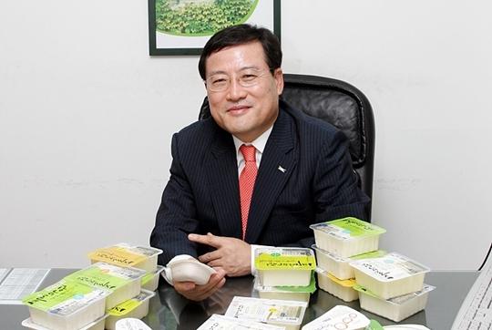 풀무원, 33년 오너경영 마감…이효율 총괄CEO 선임