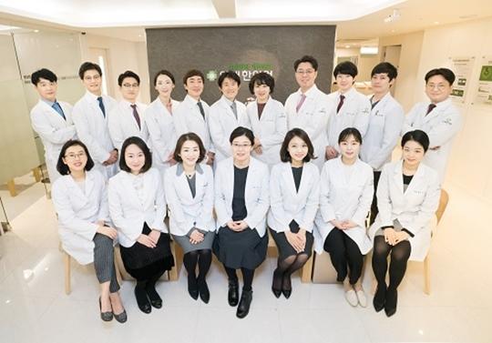[2018 한국브랜드선호도1위] 인애한의원, 여성질환을 연구하는 여성한방네트워크