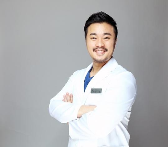 [2018 한국브랜드선호도1위] 모델라인의원, 1:1 맞춤형 지방흡입을 선보인 브랜드
