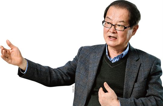 """이종수 한국사회투자 이사장 """"연탄 나르기 대신 임팩트 금융에 투자하세요"""""""
