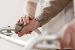 '간병 대국' 일본의 고민, 생애 '마지막 집'을 찾아라