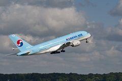 대한항공, '항공 운임 20% 마일리지 결제' 파격 시도…스카이패스 전면 개편