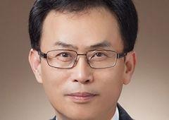 [100대 CEO] 김교현 롯데케미칼 사장, 해외·스페셜티 사업 강화…지속 성장 기반 다진다