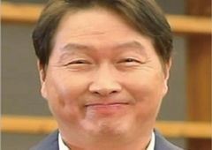 최태원 SK 회장, 유튜버 변신…B급 감성으로 '파격 소통'