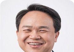 [100대 CEO] 진옥동 신한은행장, '고객 중심'의 현장 실천… '업'의 본질 혁신